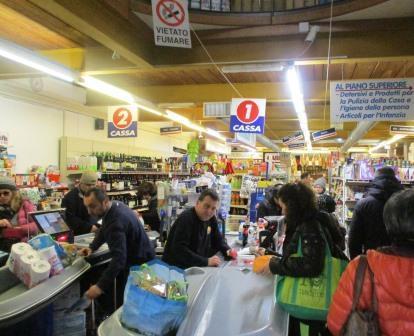 amalfi_supermarket.JPG