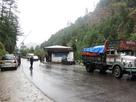 border_Butahn_india.JPG