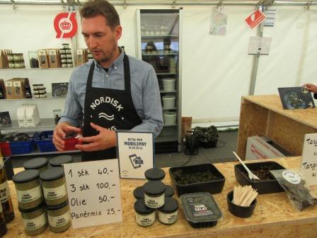Denmark_foodfestival_eco_seaweed.JPG