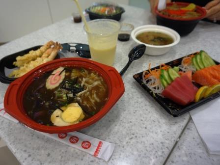 Dubai_sushi_soysauce_foodcourt.JPG