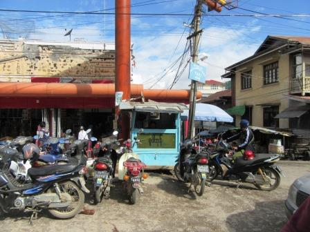 miyanmar_taunggyi_parking.JPG
