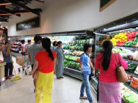 myanmar_citysuper_vegtable.JPG