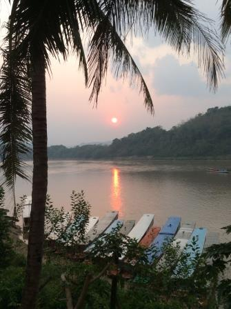 sunset in Mekong Luangprabang.JPG