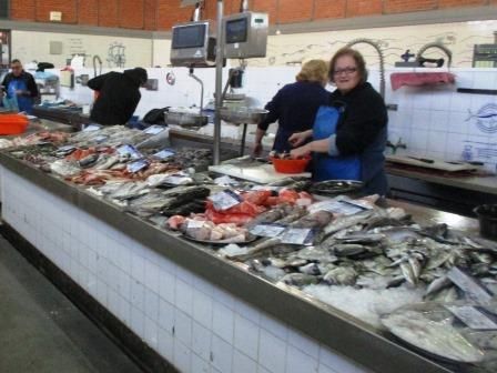 OLIAO_fishmarkte.JPG